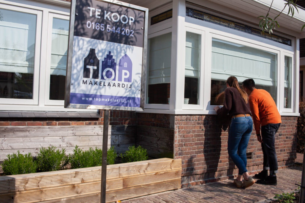Een eerste huis kopen en hypotheek afsluiten in Baarn