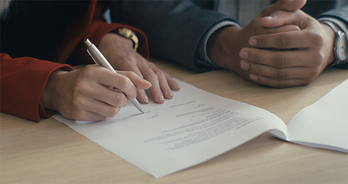 Een ander huis kopen: hypotheekakte ondertekenen